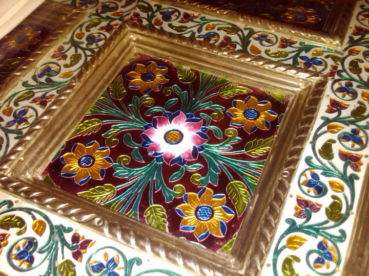 indian enameling table top 2